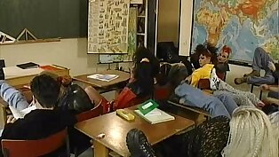Vintage orgy with regard to the classroom with X-rated teen students